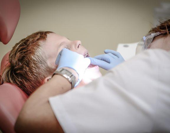 sfaturi teama dentist